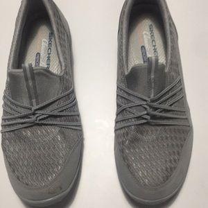 Sketchers metallic grey sneakers size 9